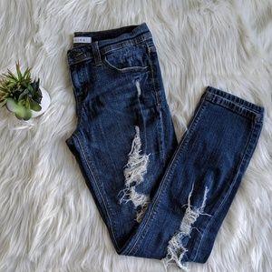Francesca's || Distressed Jeans